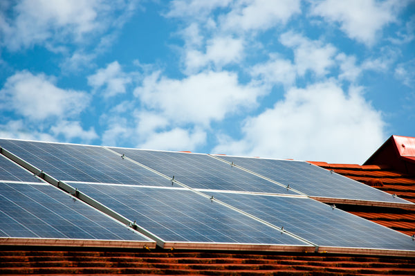4 Questions to Ask Yourself Before Installing Rooftop Solar Panels