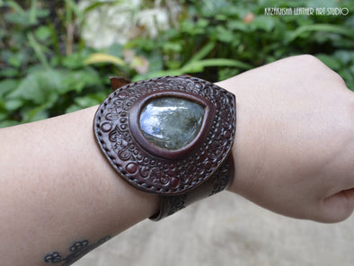 Labradorite natural stone Leather Bracelet - №4 - 50 shades of leather bracelets | Kazakhsha Leather Art Studio