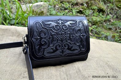 "Leather bag messenger in Kazakhsha Style ""Kara Koz"" - Kazakhsha Leather Art Studio"