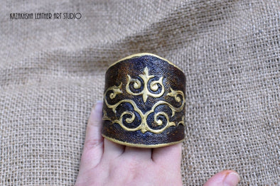 Leather bracelet, Ladies bracelet carved and tooled, gift for her, ethnic style - Kazakhsha Leather Art Studio