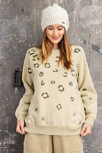 Load image into Gallery viewer, Long Sleeve Leopard Print Washed Terry Sweatshirt