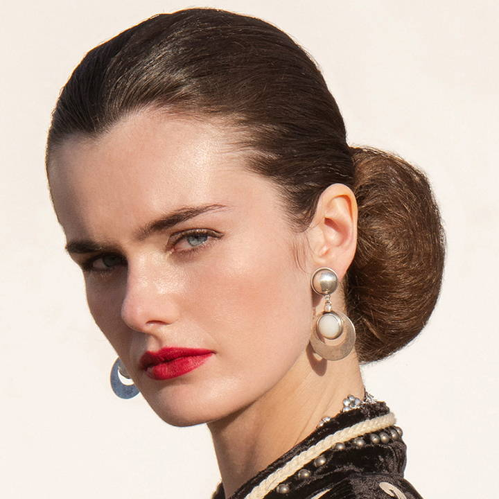 Tricks of the Trade: Nailing the Sleek Chignon
