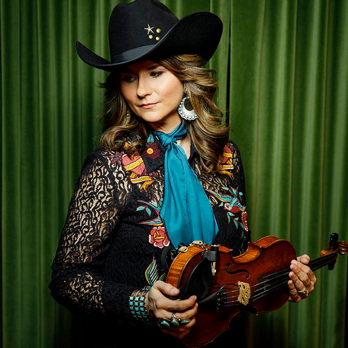 Fiddle Phenom: Our Q&A with Jenee Fleenor