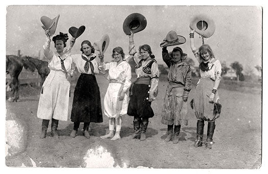 16 Fox-Hastings,-Bea-Kirnan,-Ruth-Roach,-Lorena-Trickey,-and-Prairie-Rose-Henderson,-c.-1920