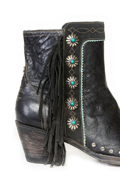 Apache Kid Boot