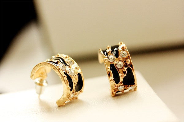 Beautiful Crystal Leopard earrings