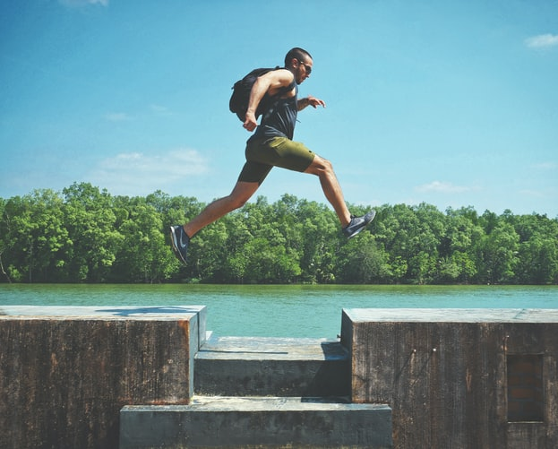 Reasons to Wear a Knee or Ankle Brace While Running - Grivet Outdoors