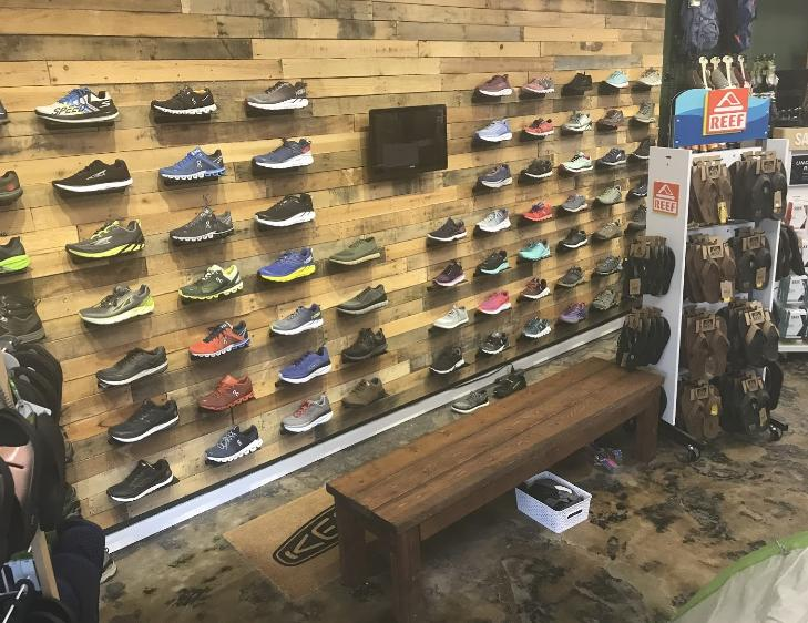 Grivet Outdoors ON Running Hoka One One Shoe Wall