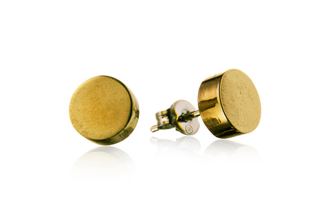 stud earrings product photography