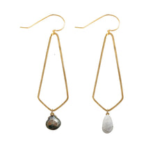Load image into Gallery viewer, Brass Diamond Stone Earring