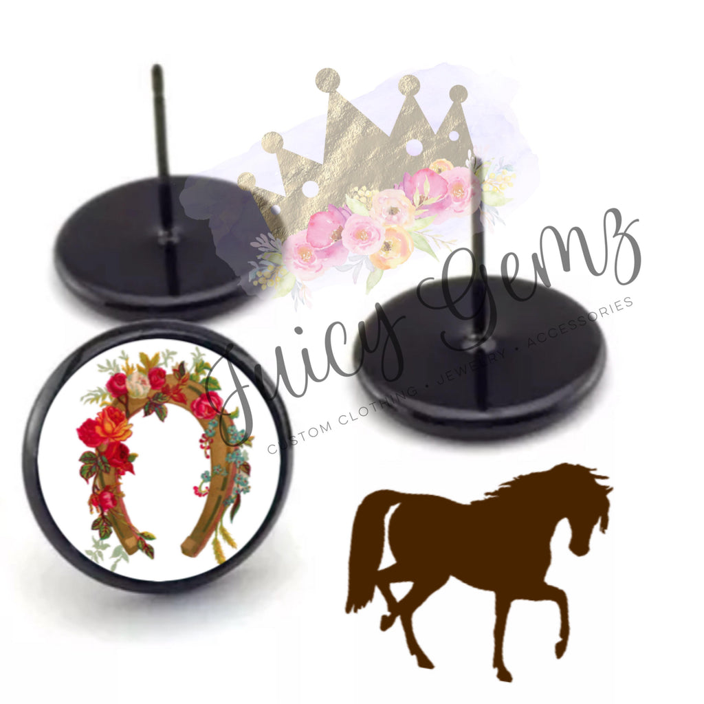 Floral Horse Shoe Studs - Juicy Gemz