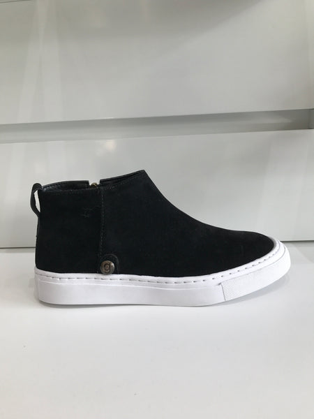 galibelle comfortable black with white rubber sole sneaker/shoe edmonton store