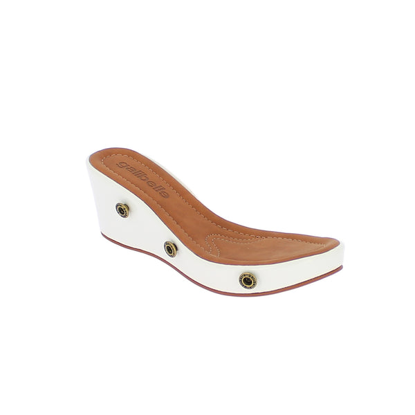 galibelle danni white sole