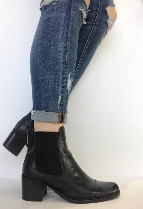 bt00 black leather LOW ankle boot 1504010 bk - galibelle