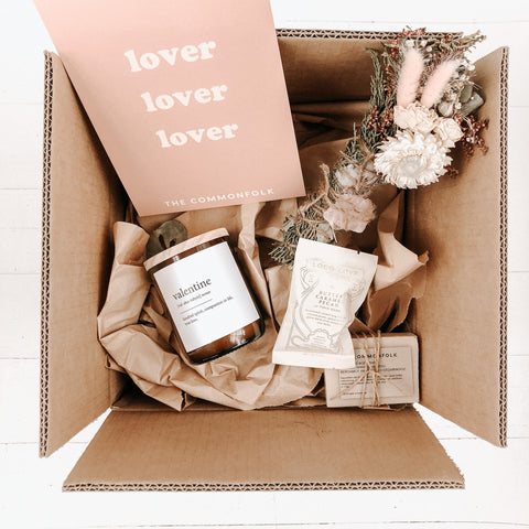 Valentine's Day Deluxe Gift Box - Midi Candle