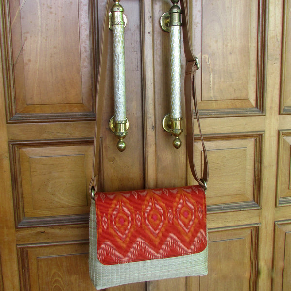 Tas Selempang | Cross-body Bags