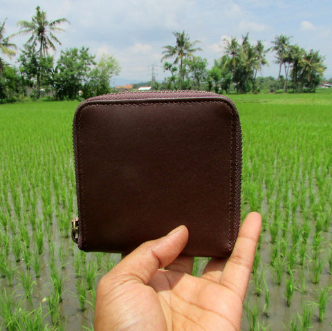 Brown Zipped Short Leather Wallet | Dompet Kulit Asli - DeNesia Handmade Bags