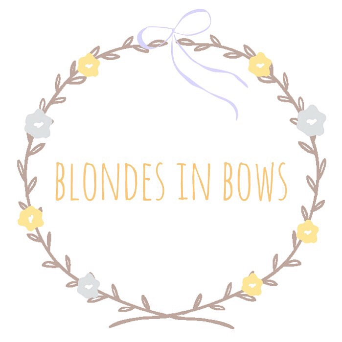 Blondes In Bows