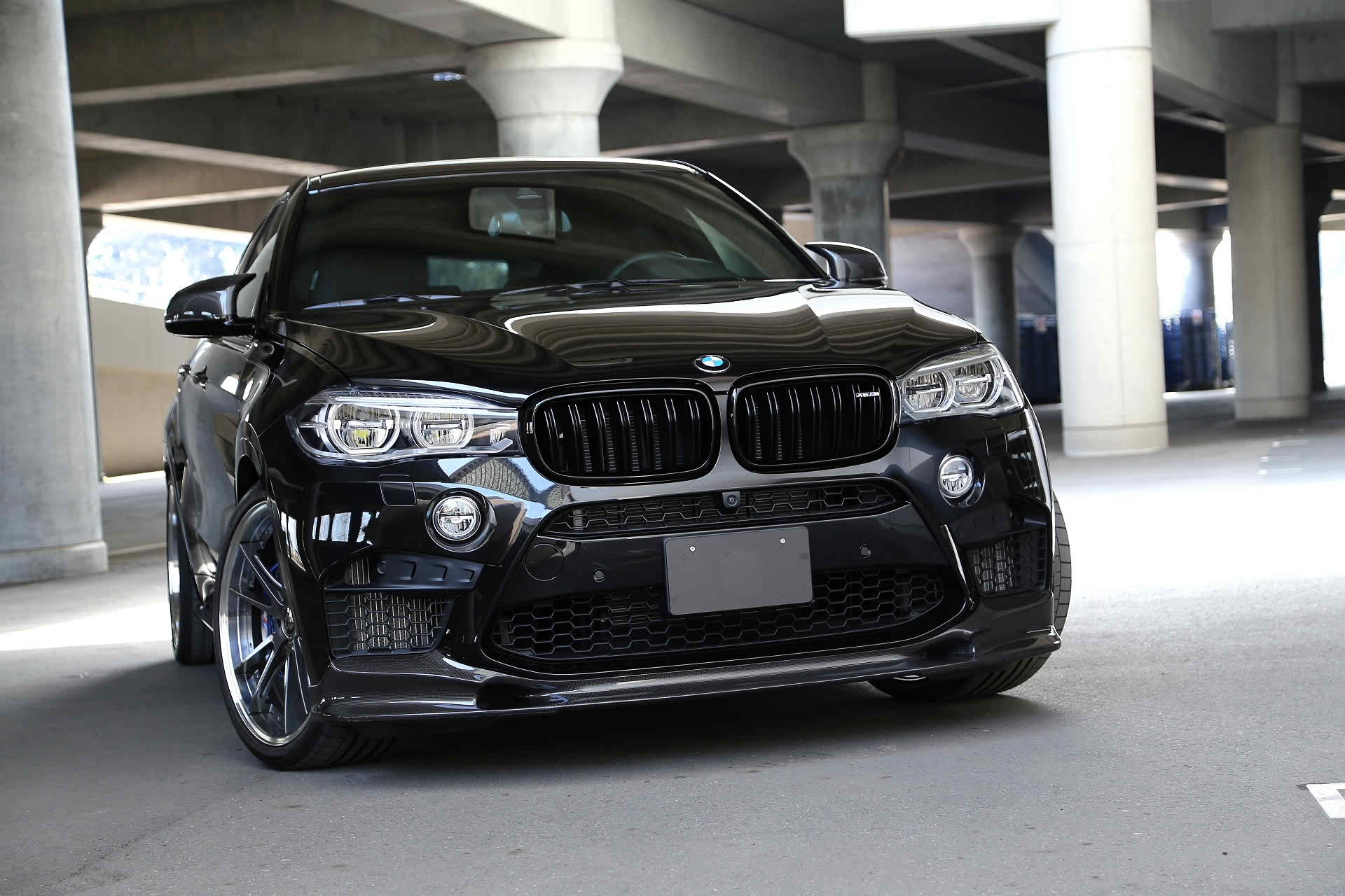 INTRODUCING OUR CARBON FIBER SOLUTIONS FOR BMW X SERIES