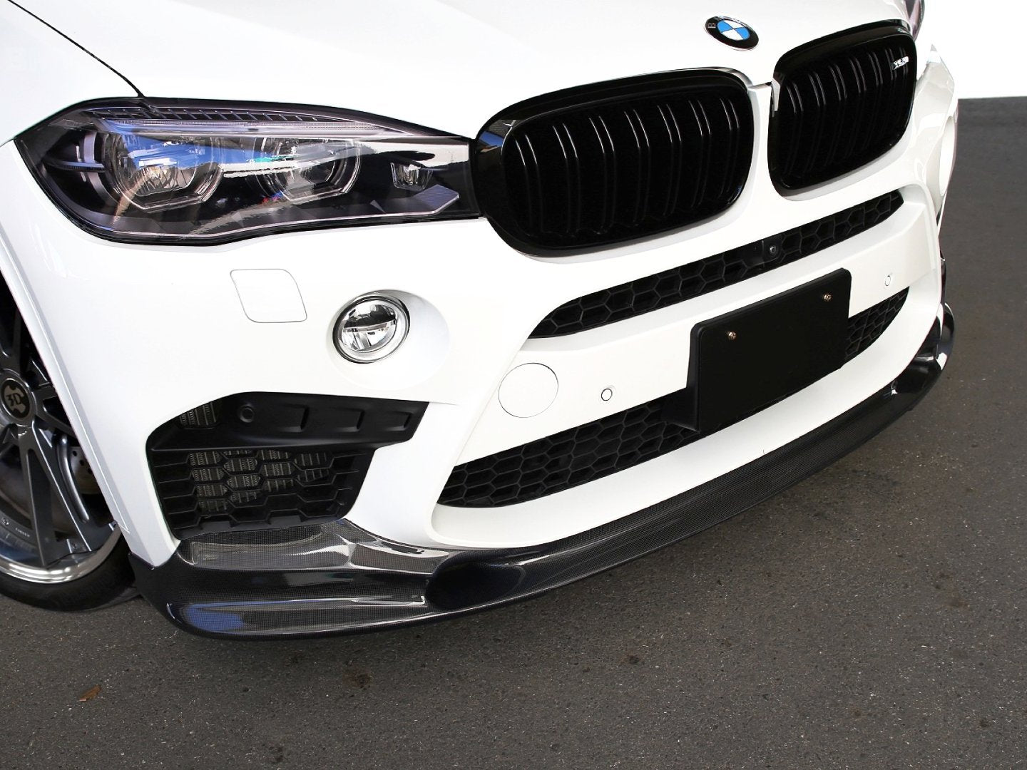 3D PERFORMANCE FRONT LIP - Aerodynamics - Yomato Carbon - Montreal Canada
