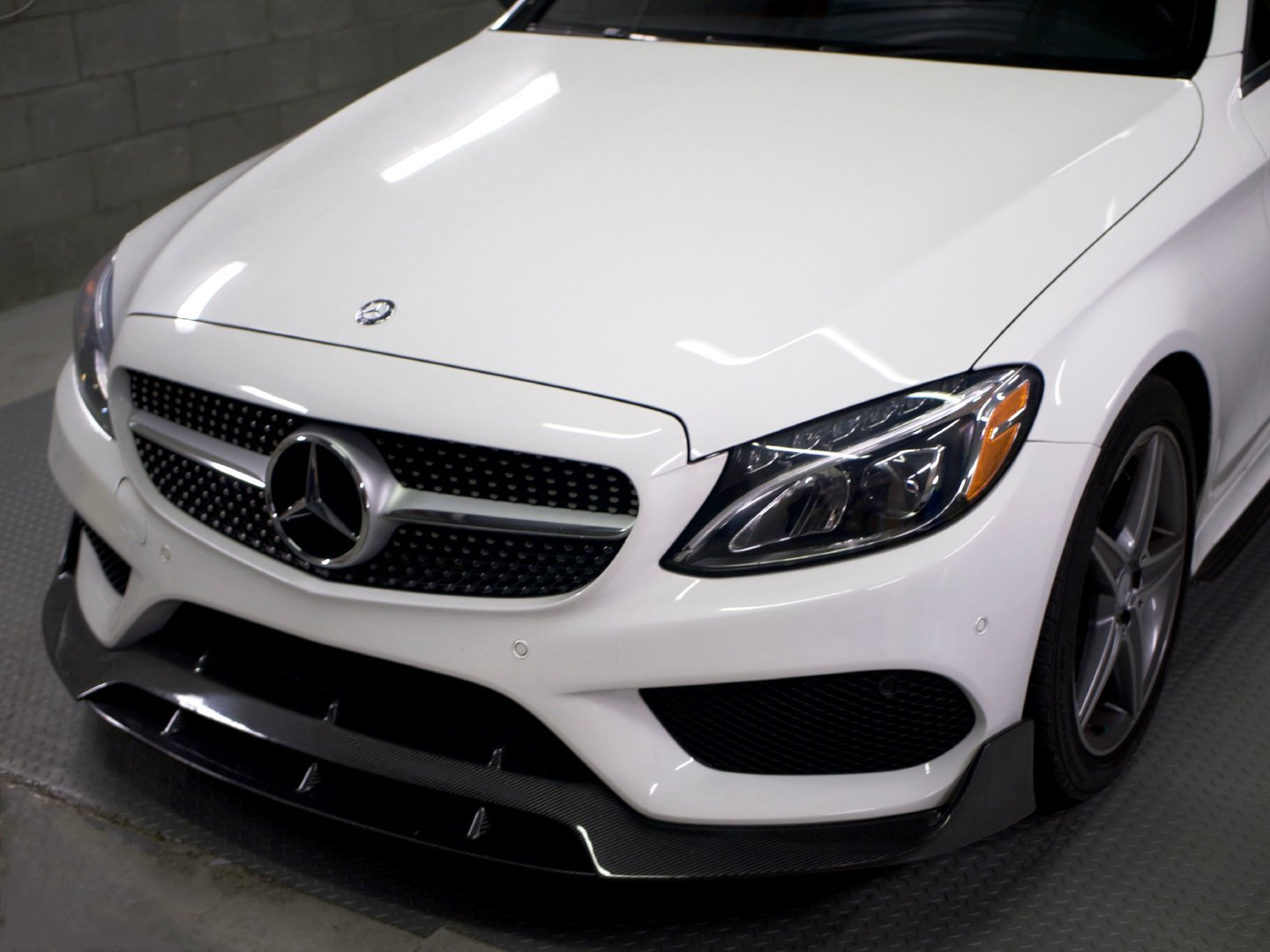 BRS STYLE FRONT LIP (AMG PKG ONLY)