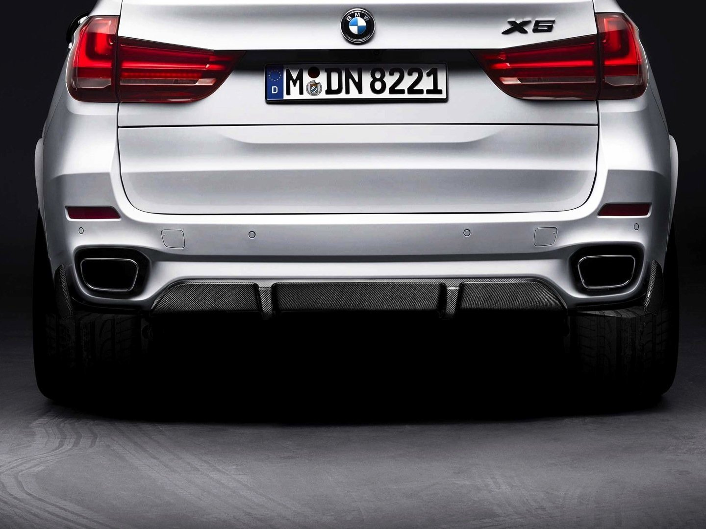 M PERFORMANCE REAR DIFFUSER -  - Yomato Carbon - Montreal Canada