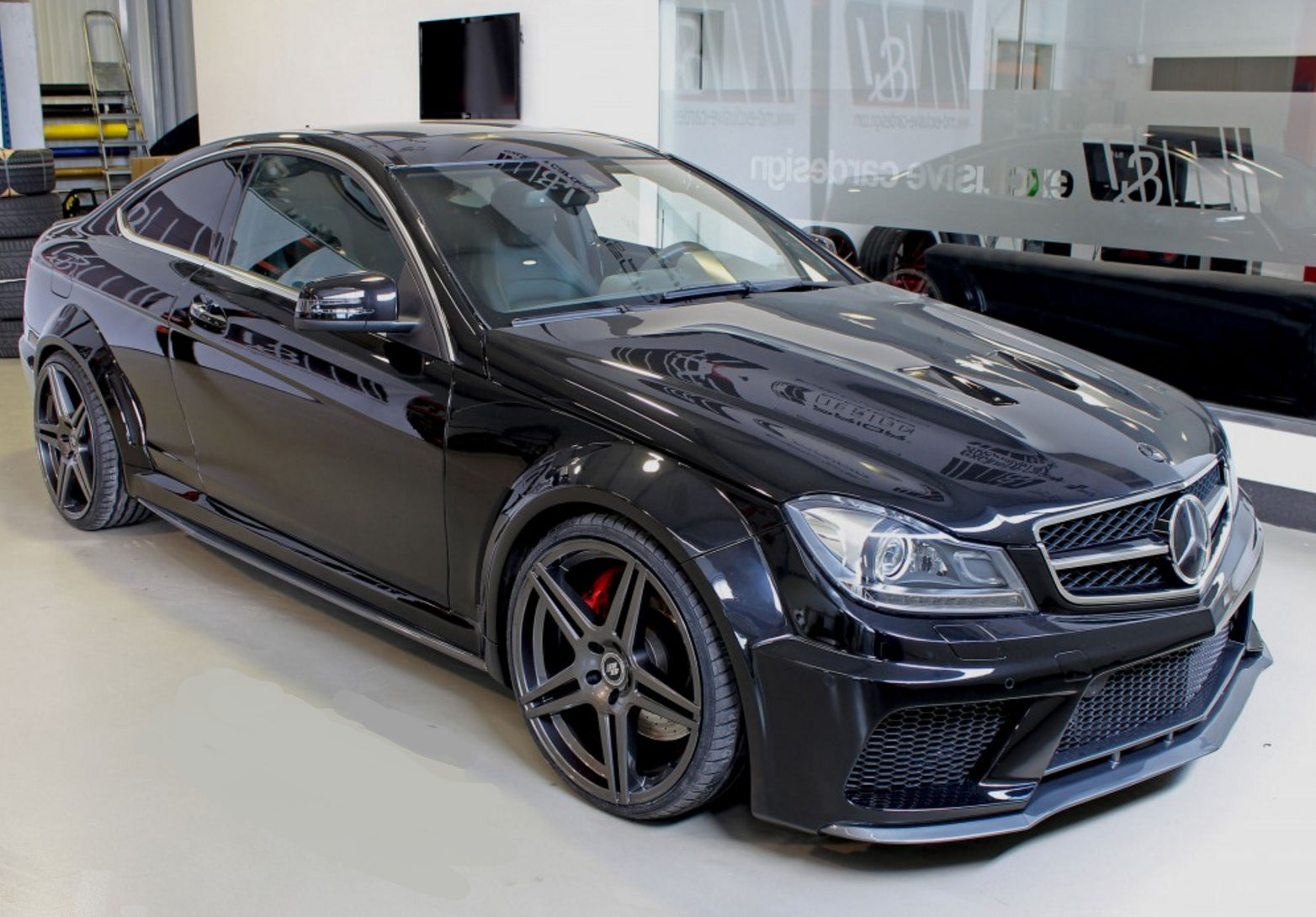 W204 C Class C63 Amg Black Series Wide Body Kit Yomato