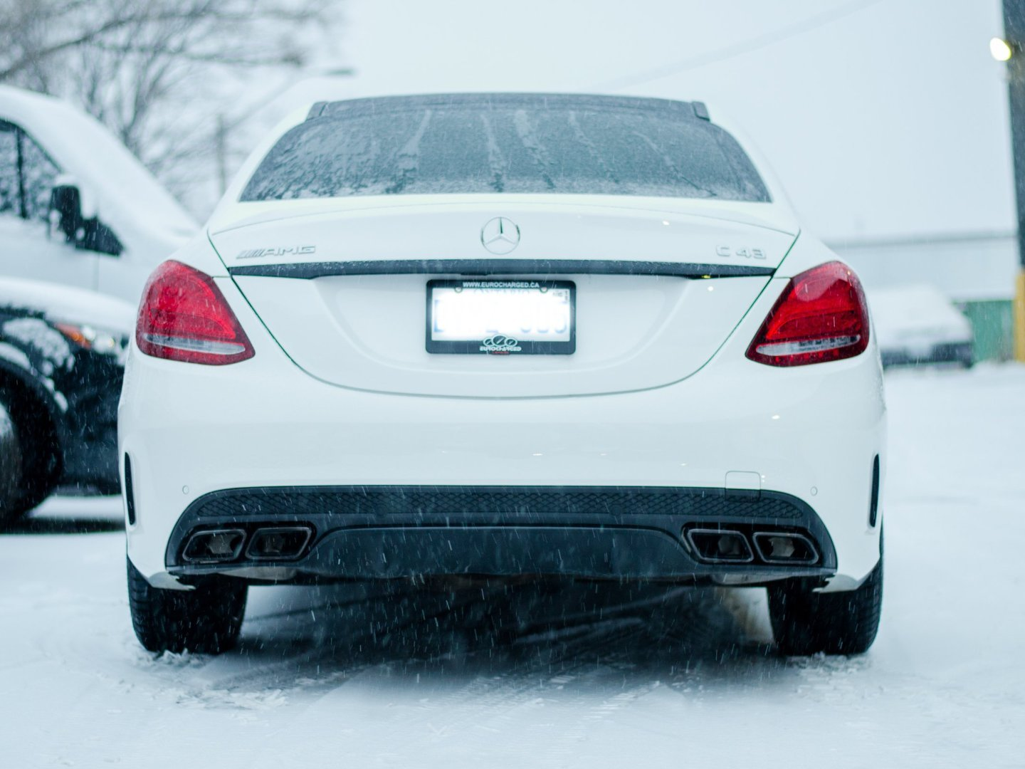 C63 AMG SEDAN CONVERSION DIFFUSER KIT (AMG PKG ONLY) - BODY KIT - Yomato Carbon - Montreal Canada