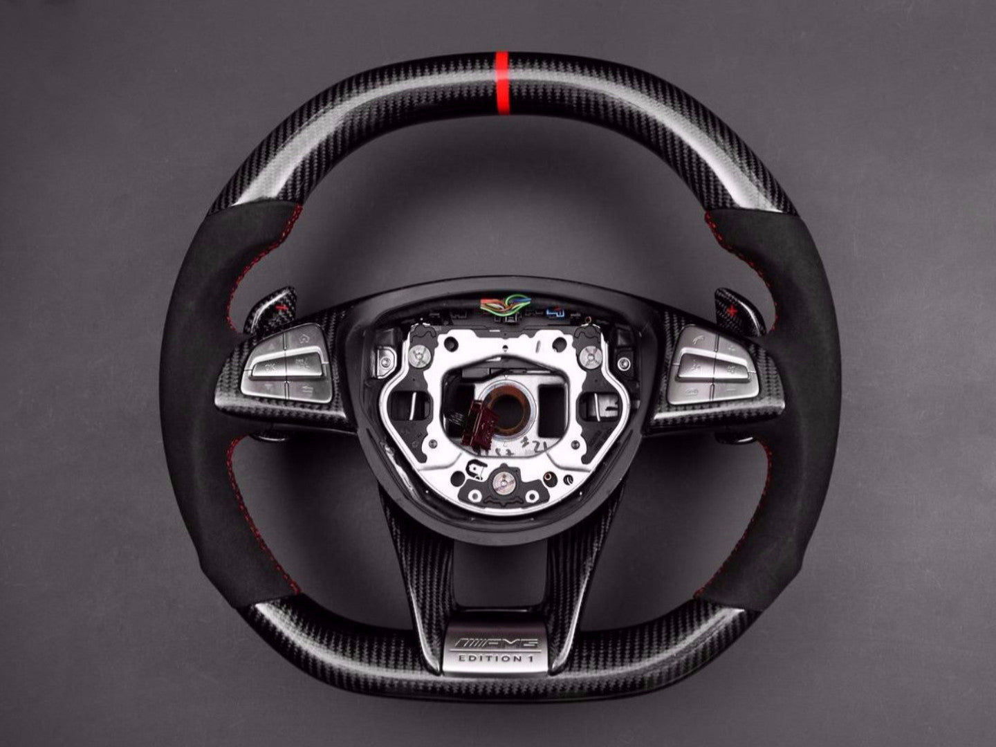 BESPOKE AMG PERFORMANCE STEERING WHEEL -  - Yomato Carbon - Montreal Canada