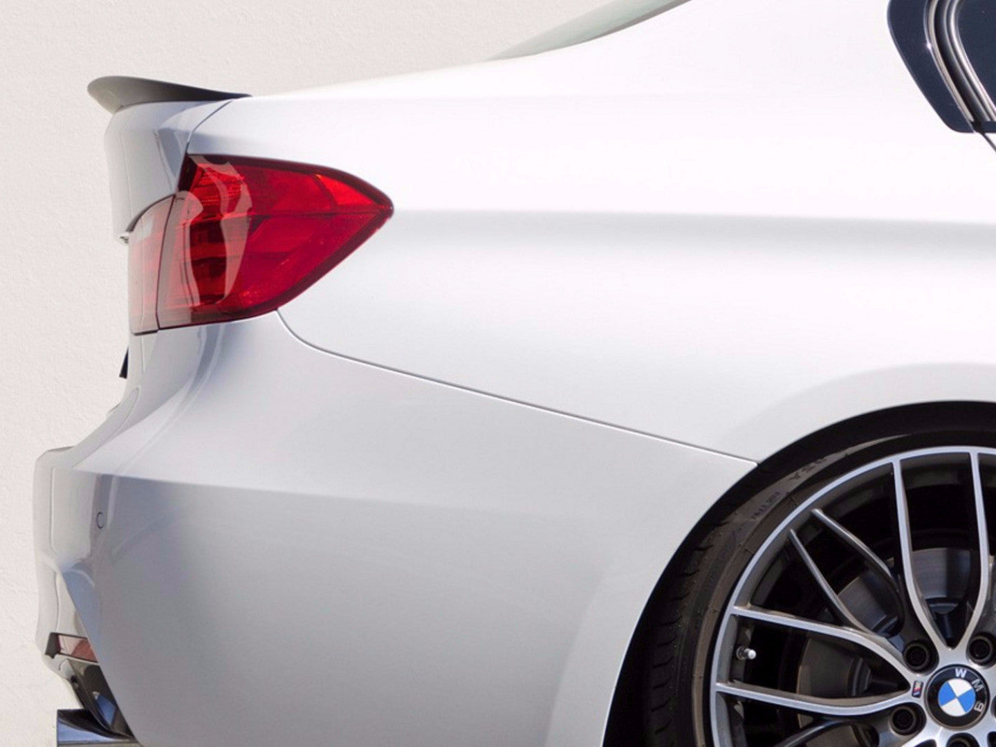 PERFORMANCE SPOILER - 3 SERIES F30 -  - Yomato Carbon - Montreal Canada