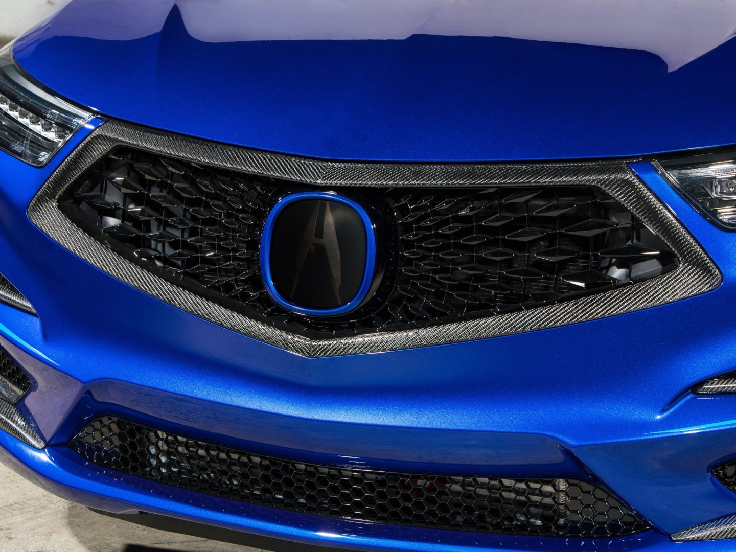GRILLE SURROUND -  - Yomato Carbon - Montreal Canada