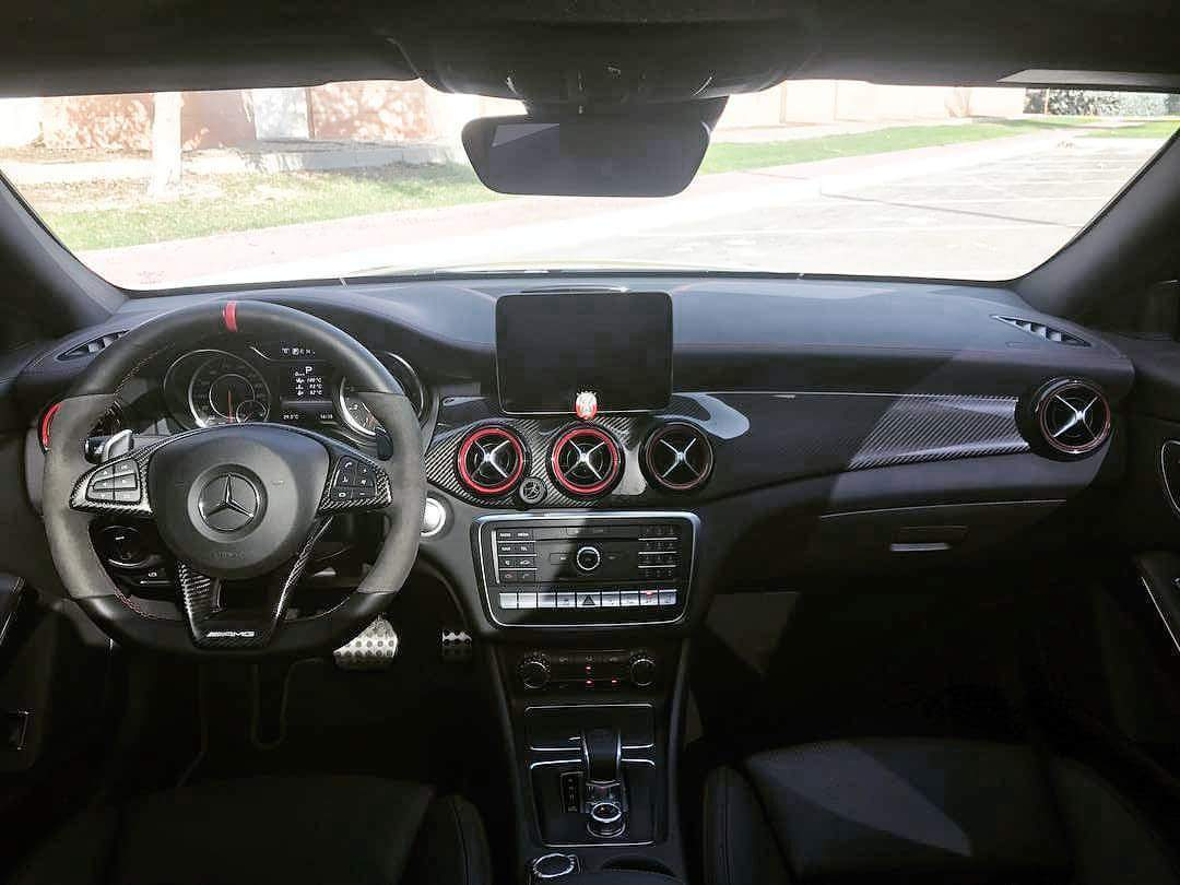 AMG PERFORMANCE STEERING TRIMS - Interior Accessories - Yomato Carbon - Montreal Canada