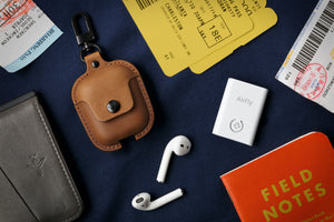 Twelve South AirSnap for AirPods - Cognac