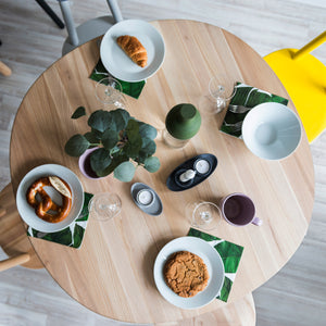 Naïve Dining Table | Urban Avenue