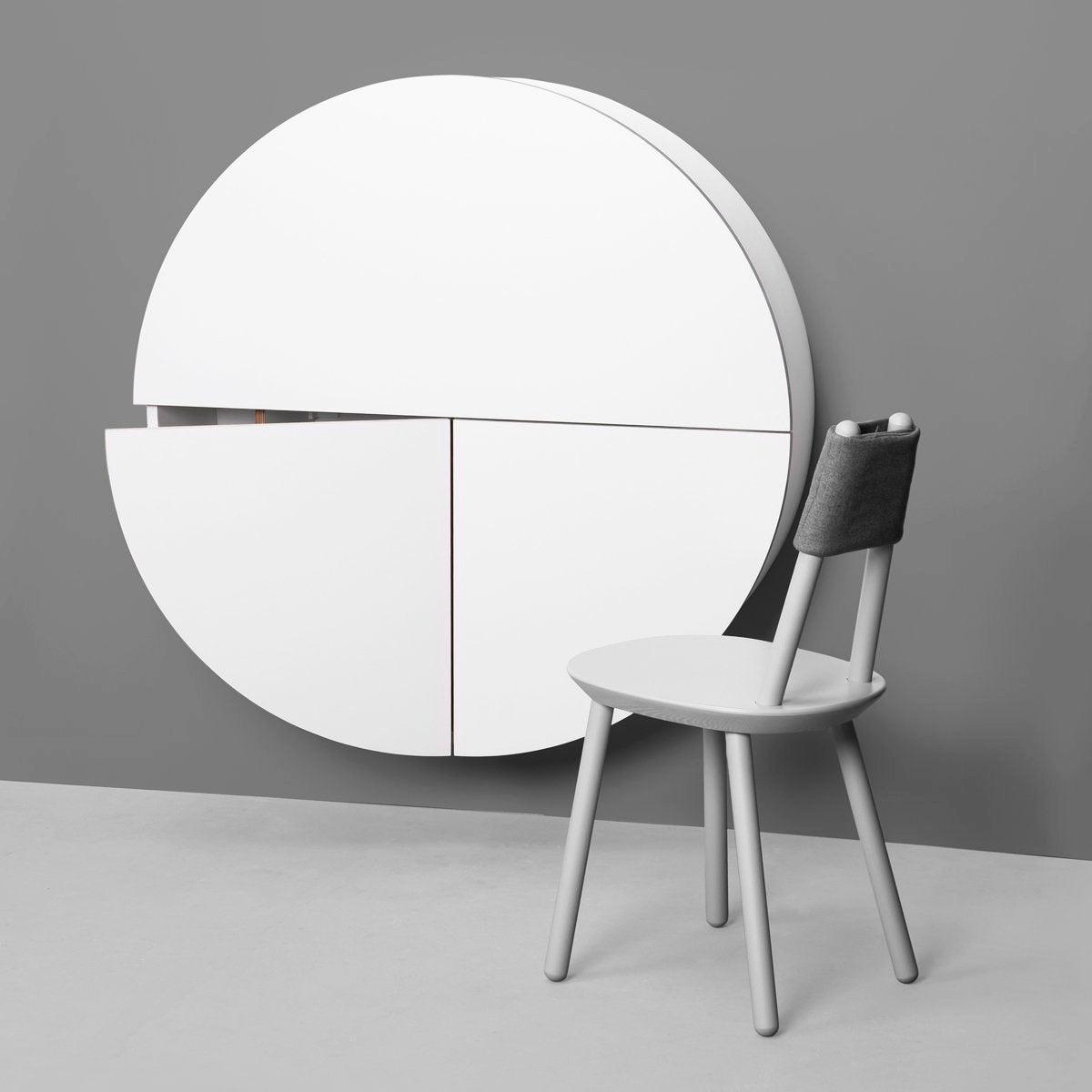 Picture of: Pill Wall Mounted Desk By Emko Urban Avenue
