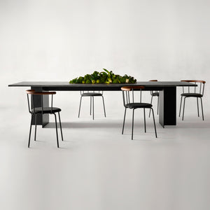 Arn Dining Table | Urban Avenue