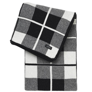 Sunday Squares Throw | Urban Avenue