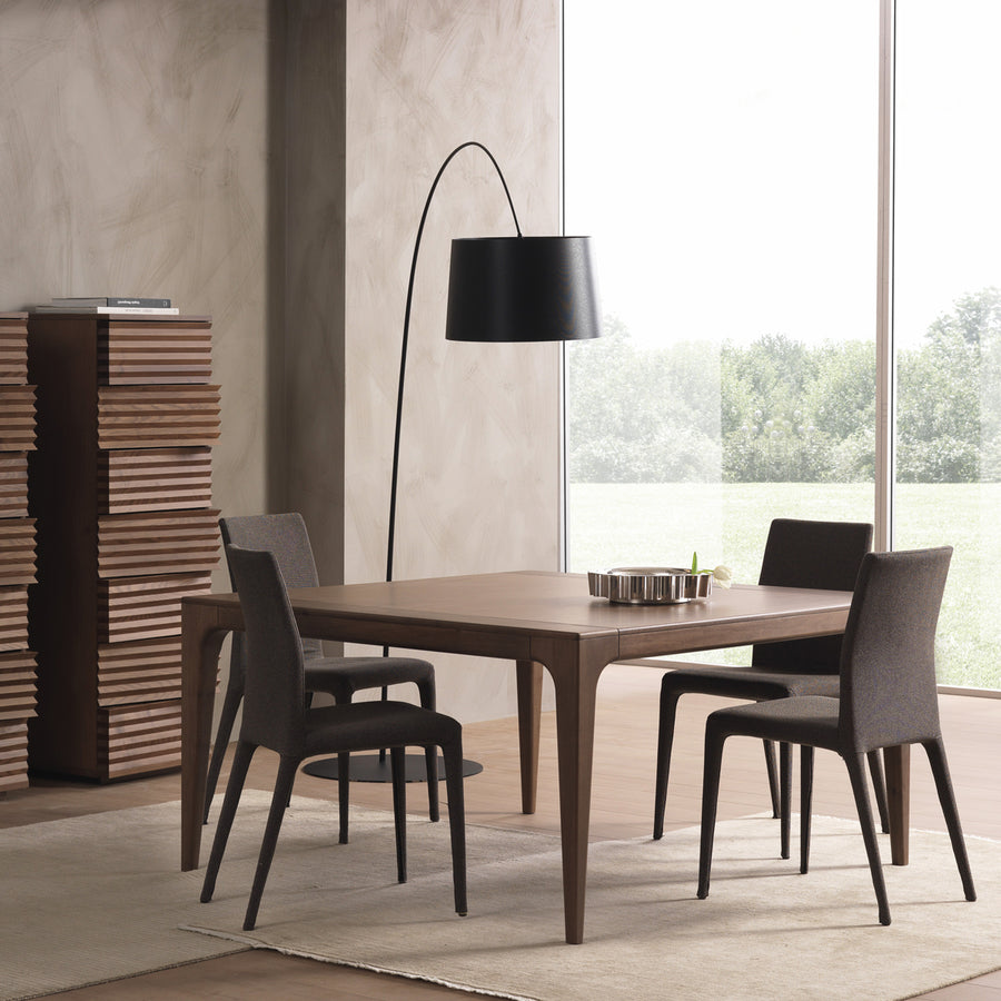 Fashion Dining Table | Urban Avenue