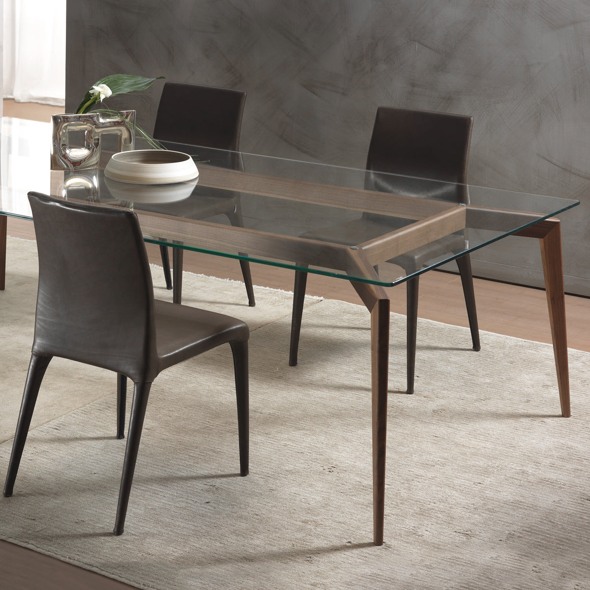 Hope Dining Table, Large, by Pacini e Cappellini | Urban Avenue