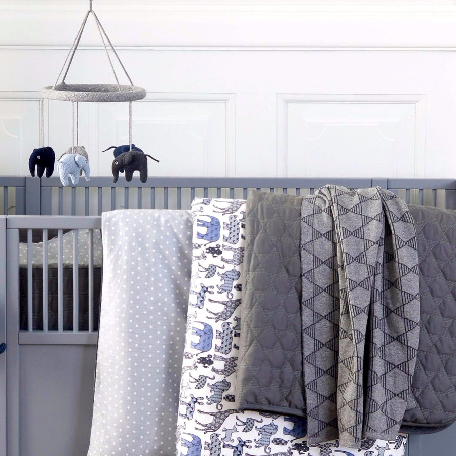 Geometric Knit Baby Blanket | Urban Avenue