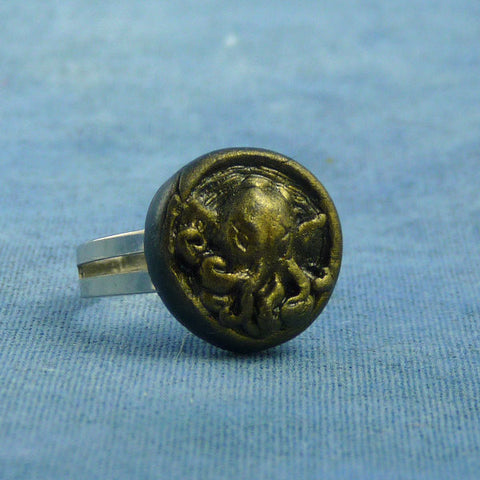 Antique Gold Cthulhu Ring