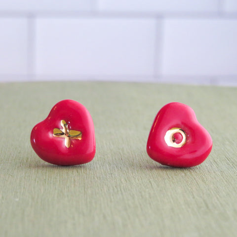 Heart XO Earrings in Gold