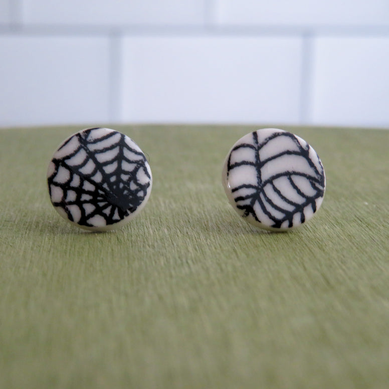 Spider Web Stud Earrings in Black and White