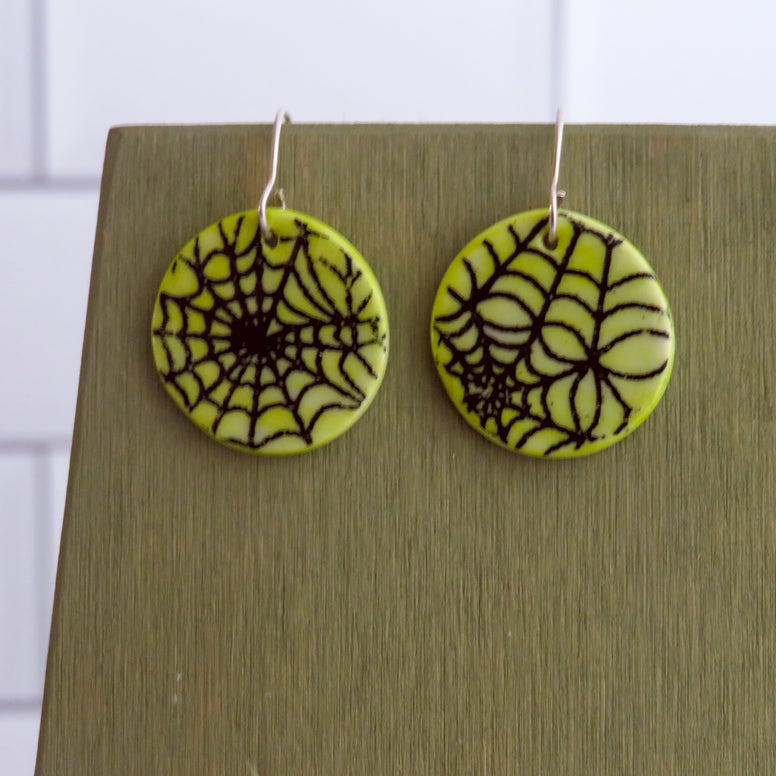 Spider Web Earrings in Black and Green