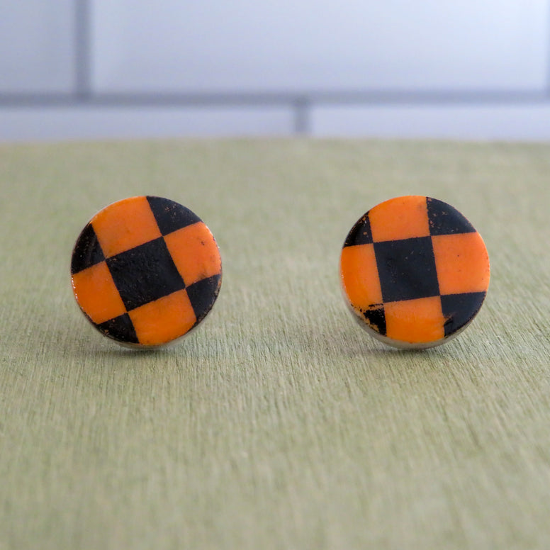 Checkered Stud Earrings in Black and Orange