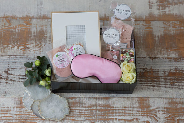 Pretty Pink - Luxury Hampers