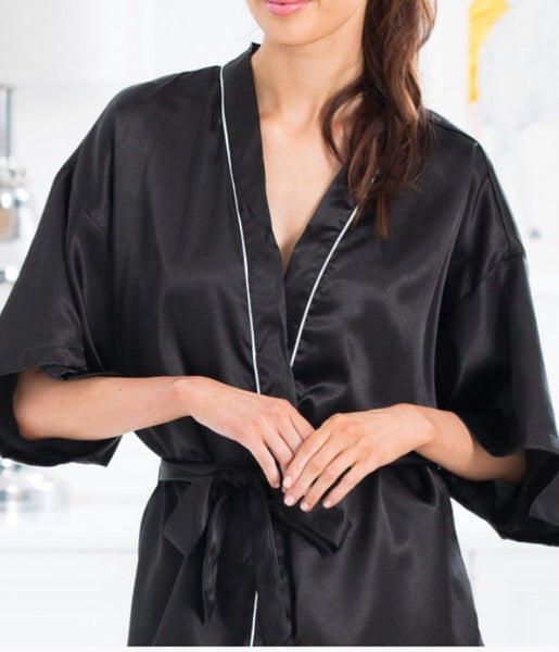 Gingerlilly Jeanne Black Kimono - Luxury Hampers