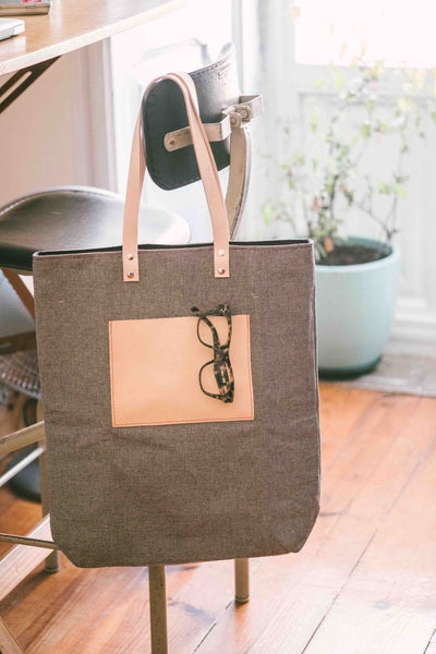 MAXIMINI | a sophisticated tote bag