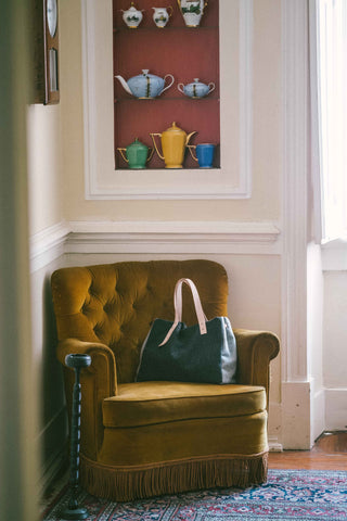 Francis - The Classic Handbag in Wool