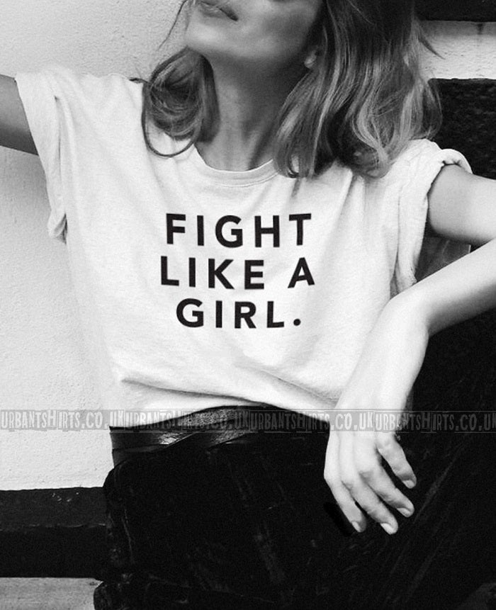 Fight like a girl T-shirt - Urbantshirts.co.uk